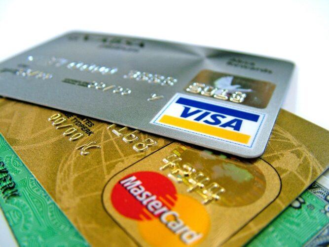 Воспользоваться кредитной картой в Москве