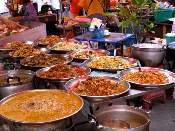 Заведения тайской кухни в столице