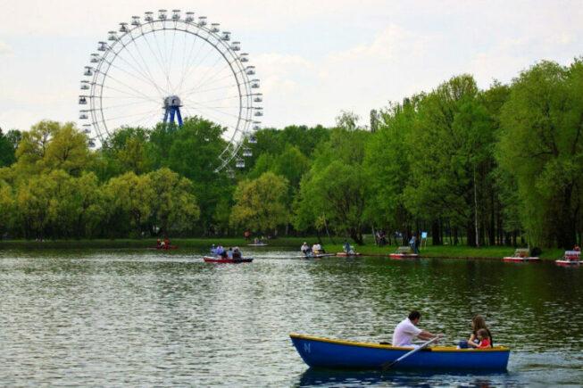 Измайловский парк в центре столицы