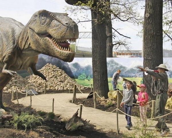 Парк динозавров в Сокольниках