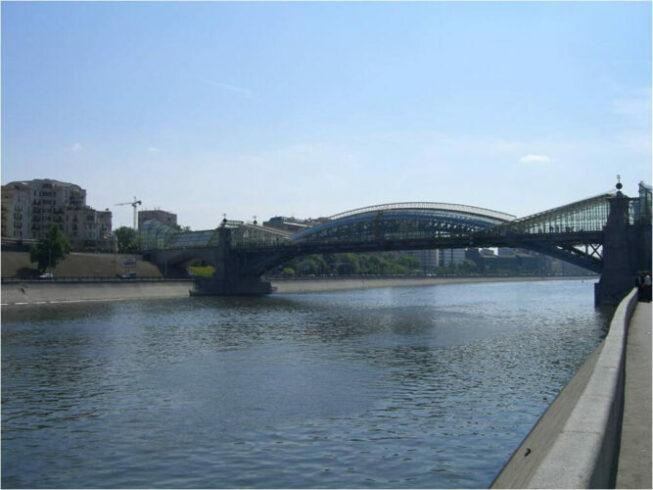 Ростовская набережная Москвы-реки