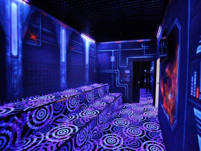 Центр внеземных развлечений LaserLand