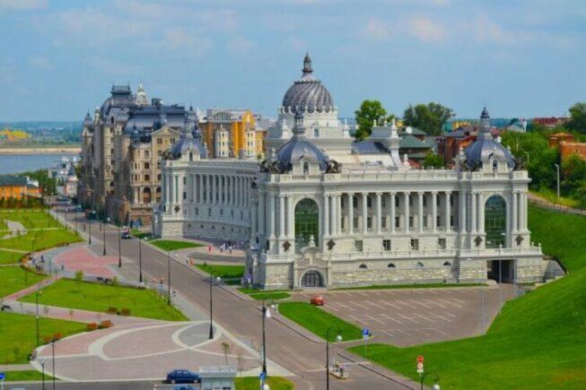 Дворец землевладельцев в Казани